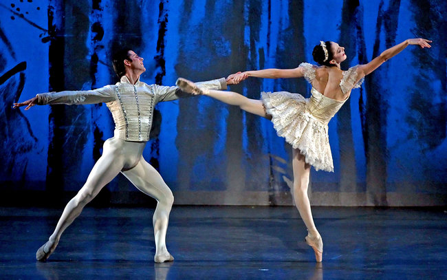 Marcelo Gomes and Veronika Part in ABT's Nutcracker. Photo by Andrea Mohin.