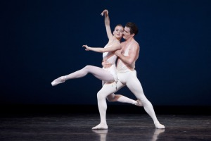 Seth Orza and Carla Körbes in Apollo. Photo by Lindsay Thomas.