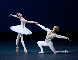 Semyon Chudin and Olga Smirnova in Diamonds. Photo by Elena Fetisova for the Bolshoi Theatre.