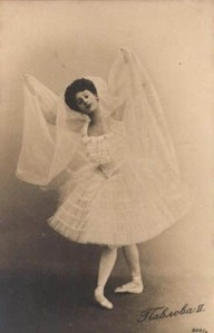 Anna Pavlova as Nikiya in La Bayadere. photo from here: http://commons.wikimedia.org/wiki/File:Bayadere_-Nikiya_-Anna_Pavlova_-1902.jpg