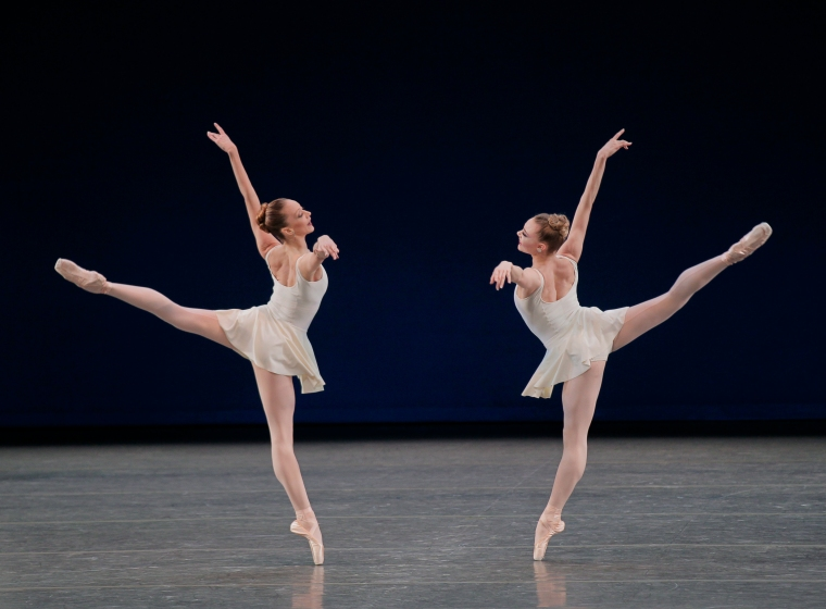 Maria Kowroski and Sara Mearns in Concerto Barocco. Photo by Paul Kolnik.