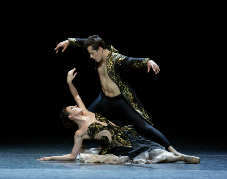 ler Peck and Robert Fairchild in Liam Scarlett's Funérailles, with designs by Sarah Burton for Alexander McQueen. Photo credit Paul Kolnik