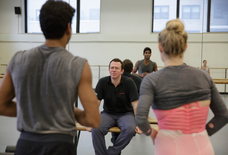 Ratmansky, Amar Ramasar, and Sara Mearns in the studio. By Paul Kolnik