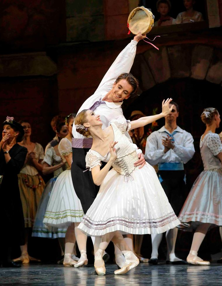 "Susanne Grinder and Ulrik Birkkjaer in ""Napoli."" Photo by Costin Radu."