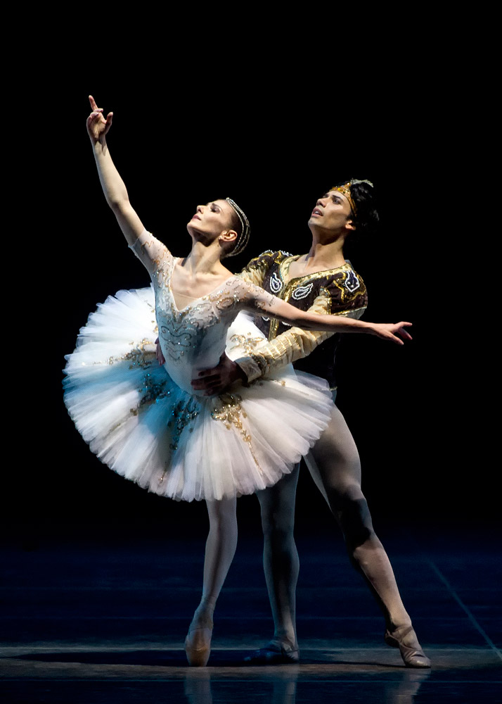 Alina Cojocaru and Herman Cornejo in La Bayadère. Photo by Gene Schiavone.