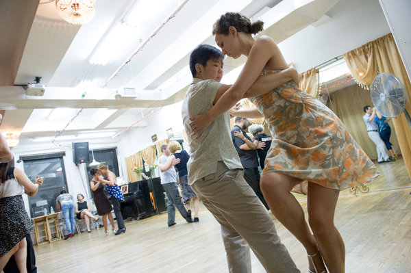 Tango students at a class at Dardo Galletto Studios. Credit Paula Lobo for The New York Times